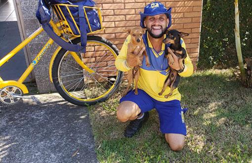 No Dia Nacional dos Animais, Correios e carteiro dão dicas de prevenção ao ataque canino