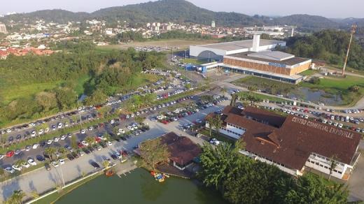 Joinville ganha primeiro parque para cães