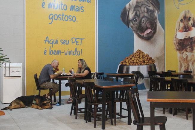 Pátio Cianê inaugura Praça de Alimentação Pet