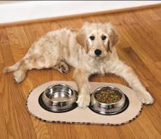 Wac Wac apresenta tapete que absorve líquidos e evita sujeita na área de alimentação dos Pets